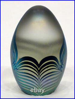 1987 Vintage ROBERT EICKHOLT Studio Art Glass PULLED FEATHER Egg Paperweight