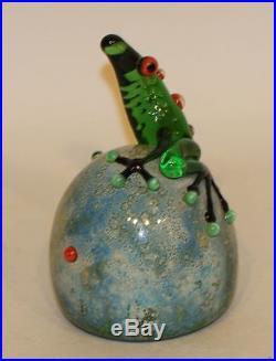 1992 John Nygren Signed Studio Art Glass Paperweight Green Tree Frog on Rock