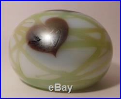 A SCARCE Vintage SIGNED ORIENT & FLUME PULLED FEATHER HEARTS & VINES Paperweight