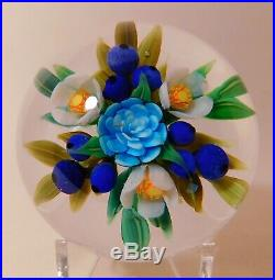 An OUTSTANDING CATHY RICHARDSON 1 OF A KIND FLORAL BOUQUET Art Glass PAPERWEIGHT