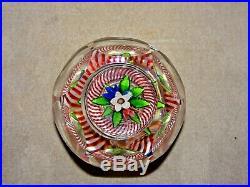 Antiker St. Louis Paperweight/Briefbeschwerer mit Blumenbouquet