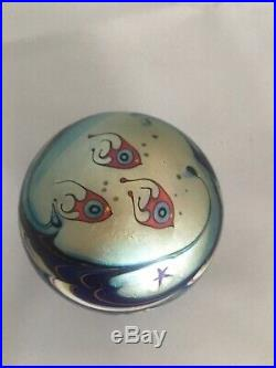 Art Glass Paperweight Fishes Signed Lundberg Studios 1977 LS92837