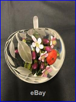 Cathy Richardson 2014 glass paperweight BEAUTIFUL ONE OF A KIND