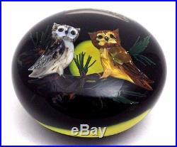 Charming RICK AYOTTE Lovely PAIR of OWLS under FULL MOON Art Glass PAPERWEIGHT