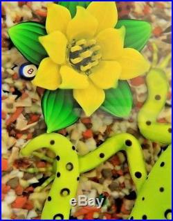 FASCINATING Magnum BOB BANFORD Green Salamander and Spider ART Glass PAPERWEIGHT
