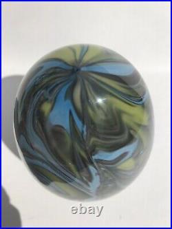 Fenton 1976 Robert Barber Rare Paperweight Egg. Sample. Mint