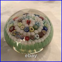Gorgeous Parabelle Paperweight