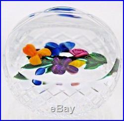 Gorgeous RAY BANFORD Gingham Cut BASKET Flower BOUQUET Art Glass PAPERWEIGHT