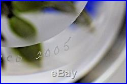 Gorgeous VICTOR TRABUCCO Blue FLOWERS Glass Art PAPERWEIGHT