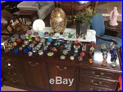HUGE LOT ANTIQUE VINTAGE PAPER WEIGHT ADVERTISEMENT MANY SIGNED Lot Of 76