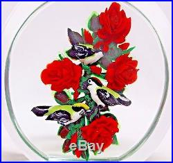 LOVELY Magnum RICK AYOTTE Three BIRDS on RED ROSE BUSH Art Glass PAPERWEIGHT