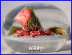 Large STUNNING Victor TRABUCCO LILY On WHITE Ground Art Glass PAPERWEIGHT