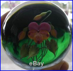 Lundberg Studios Art Glass Contemporary Paperweight by Daniel Salazar Pansy 1995