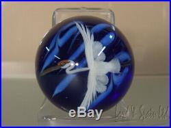 Lundberg Studios Daniel Salazar Art Glass Crane in Flight Paperweight
