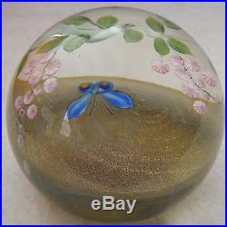 Lundberg Studios Daniel Salazar Art Glass Paperweight 1980 Butterfly & Florals