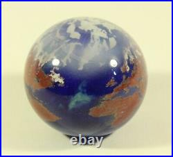 Lundberg Studios Glass World Earth Globe Paperweight Dated 4-16-88 Signed