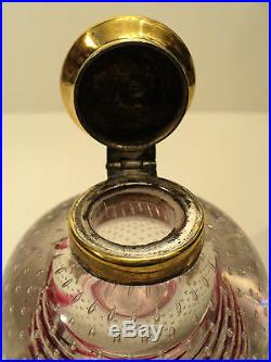 NICE ANTIQUE ART GLASS PAPERWEIGHT INKWELL with CRANBERRY SWIRL DECORATION