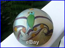 ORIENT AND FLUME PARROT PAPERWEIGHT Lt. Champagne Gold, Floral, 3 1/8, 1978