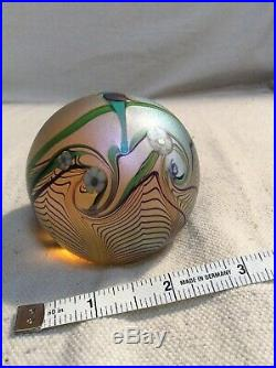 ORIENT and FLUME art glass paperweight Parrot with Flowers 1979