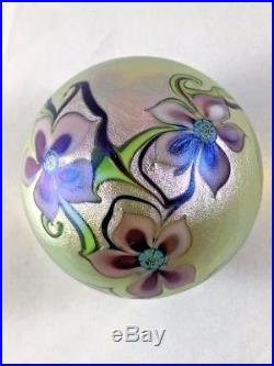Orient & Flume Iridescent Gold Paperweight Flowers Vines 2-1/4 Pulled 1979