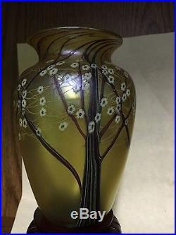 Orient flume 6 art glass vase. Signed PO188J24014GIR