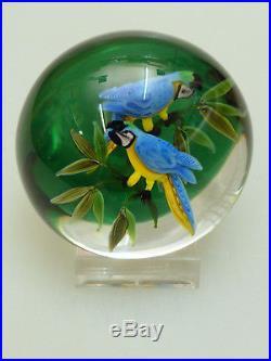 Paperweight Briefbeschwerer Rick Ayotte USA 1981 Papageien Two Parrots