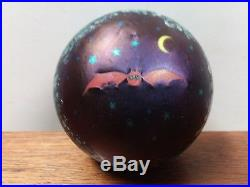 RARE 1976 LUNDBERG STUDIOS LIMITED EDITION STARRY NIGHT WithBAT PAPERWEIGHT 46/300