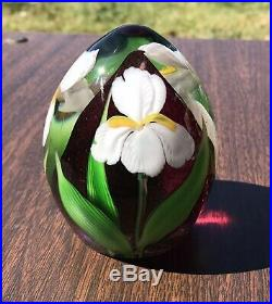 Richard Satava Art Glass Paperweight Signed Ed Alexander White Flower Lily