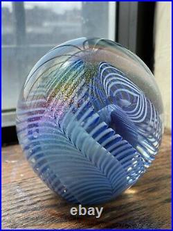 Robert Eickholt 1988 Rainbow Iridescent Art Glass Paperweight Fountain Signed