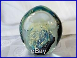 Robert Eickholt Art Glass Paperweight Signed 1997 SCULPV3 Uranium Vaseline 5½