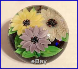 STEVEN LUNDBERG Art Glass Different Color Flowers Pond PAPERWEIGHT with Box