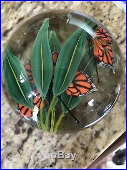 STEVEN LUNDBERG Monarch Butterflies & Bamboo Leaves Signed Paperweight