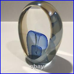STUNNING ED KACHURIK Blue & Clear Art Glass Sculpture Paperweight Signed 1988