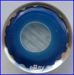 Saint Louis Millefiori a rubans sur fond bleu Paperweight LE 1972