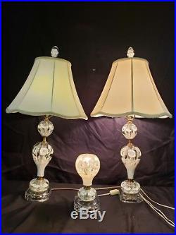 Set of 3 St Clair Table & Hall Lamps White Trumpet Flowers Paperweight Art Glass