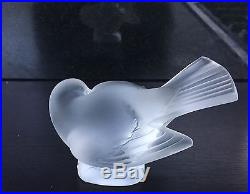 Signed LALIQUE FRANCE Frosted Crystal Art Glass Bird Figure Paperweight Sparrow