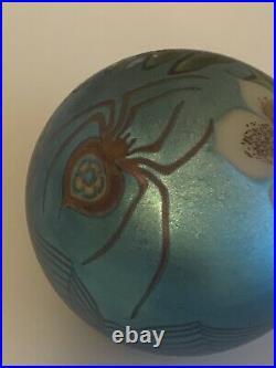 Stunning ORIENT & FLUME BLUE FAVRILE SPIDER & FLOWER PAPERWEIGHT c1977
