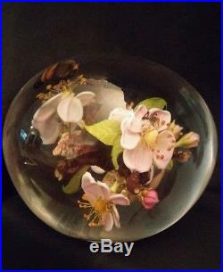 Unique Signed Paul Stankard Paperweight Root People Bee Ant Lavender Flower Mint
