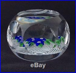 VINTAGE ST. LOUIS ART GLASS PAPERWEIGHT, FLOWERS ON LATTICINIO, 1977, FACETS, 3
