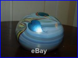 Vintage 1975 Orient & Flume Heart & Vine Art Glass Paperweight