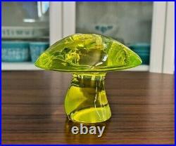 Vintage Viking Art Glass Lemon Vaseline Epic Mushroom Paperweight 3.5