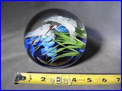 Vintage White Cranes 1993 Daniel Salazar/Lundberg Magnum Art Glass Paperweight