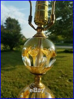 Vtg St. Clair Yellow Flower Paperweight Art Glass Table Lamp withFinial MCM Lamp 2