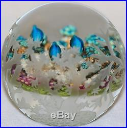Wonderful CATHY RICHARDSON Carved RAINBOW FISH Art Glass PAPERWEIGHT 1/1